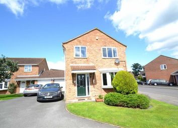 Thumbnail 3 bed detached house for sale in Spurcroft Road, Thatcham, Berkshire