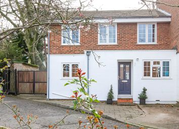 Oldfield Mews, Highgate, London N6. 4 bed semi-detached house for sale