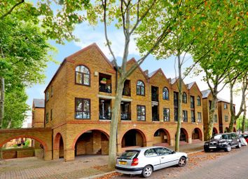 Thumbnail 2 bed flat to rent in Brunswick Quay, Rotherhithe