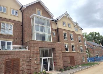 Thumbnail 2 bed flat to rent in Townsend Gate, Berkhamsted