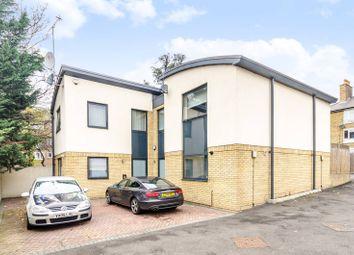 3 bed property for sale in Woodville Close, Blackheath, London SE3
