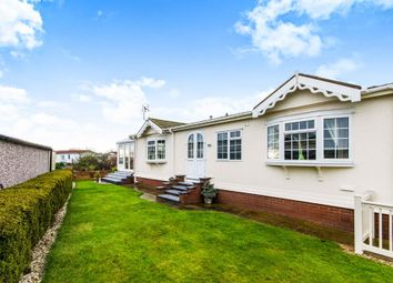 Thumbnail 2 bed mobile/park home for sale in Aylesbury Drive, Beacon Park Home Village, Skegness