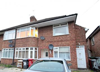 Thumbnail 2 bed maisonette for sale in Northcroft, Slough, Slough