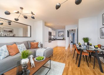 Thumbnail 2 bed flat for sale in Broomfield Street, London