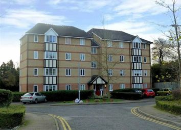 Thumbnail 2 bed flat for sale in Woodland Grove, Epping