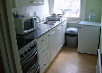 Thumbnail 1 bedroom flat to rent in Heathfield Road, South Croydon, Surrey