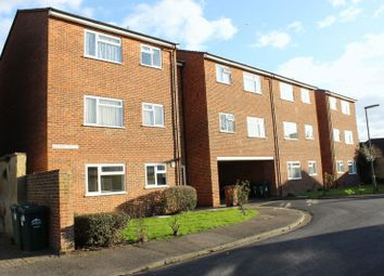 Thumbnail 1 bed flat to rent in Bourne House, Percy Avenue, Ashford