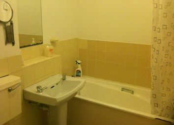 Thumbnail 1 bed flat to rent in Bensham Manor Road, Thornton Heath, Croydon, Surrey