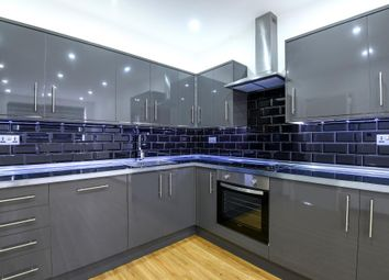 Thumbnail 1 bed flat to rent in Southfield Road, Eynsham
