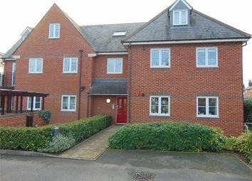 Thumbnail 2 bedroom flat for sale in Cardigan Road, Reading, Berkshire