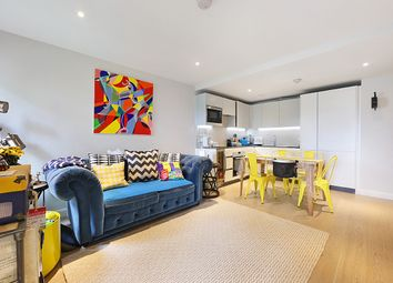 Thumbnail 2 bed flat to rent in Wharf Road, London