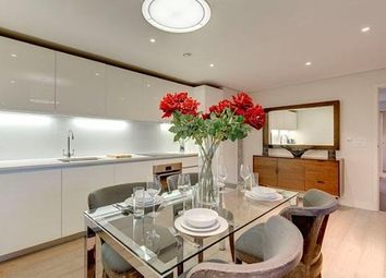 Thumbnail 3 bed flat to rent in Merchant Square East, London