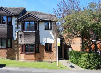 Thumbnail 2 bedroom flat for sale in King Street, Piddington, High Wycombe