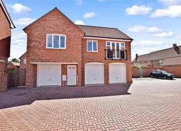 Thumbnail 2 bed flat for sale in Beeches Way, Faygate, Horsham, West Sussex