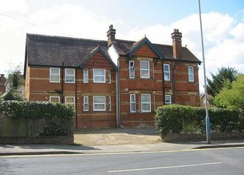 Thumbnail 1 bed flat to rent in The Drive, Tonbridge