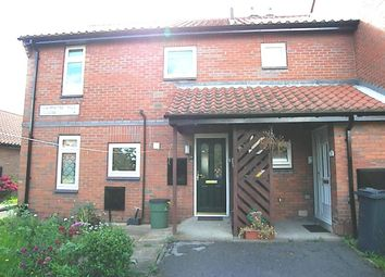 Thumbnail 2 bed flat to rent in Primrose Hill Close, Swillington, Leeds