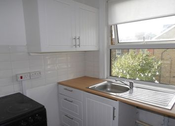 2 bed property to rent in Kingsley Road, Maidstone ME15
