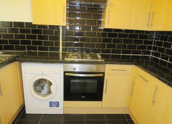 Thumbnail 2 bedroom flat to rent in York Close, Southampton