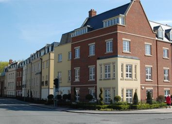 Thumbnail 2 bed flat to rent in Woodford Way, Witney, Oxon