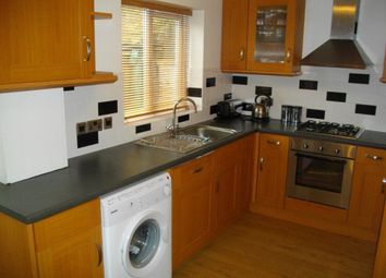 Thumbnail 2 bed cottage to rent in Lent Rise Road, Burnham, Slough