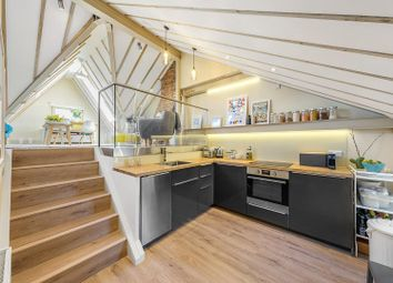Helix Road, London SW2. 1 bed flat for sale