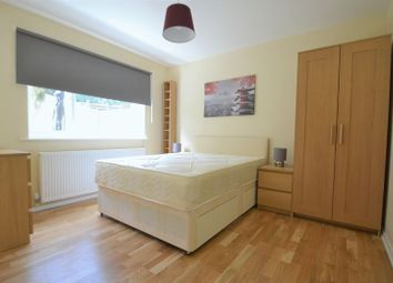 Thumbnail Room to rent in Dykes Way, Bromley