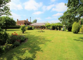 Thumbnail 2 bedroom bungalow for sale in Bloomfield Hatch, Mortimer