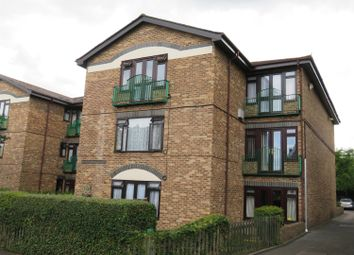 Thumbnail 1 bed flat to rent in Milton Lodge, Hadlow Road, Sidcup