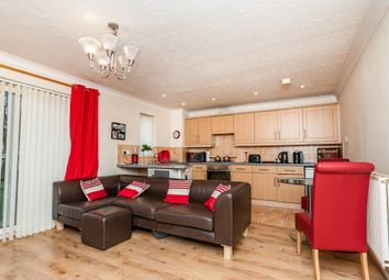 Thumbnail 2 bedroom flat for sale in Roundhill Court, Doncaster