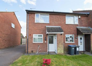 2 bed town house for sale in Grange Drive, Burbage, Hinckley LE10