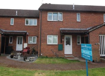 Thumbnail 1 bedroom maisonette for sale in Caistor Close, Calcot, Reading