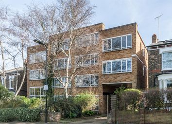 Thumbnail 1 bed flat for sale in Queen Elizabeths Walk, London