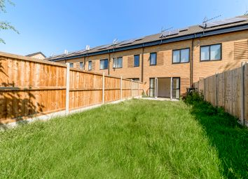 3 bed town house to rent in Reynard Way, Brentford TW8
