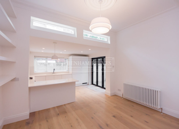 Thumbnail 2 bed flat to rent in Genloch Road, Belsize Park