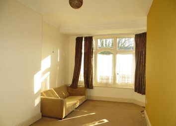 Thumbnail 1 bed flat to rent in Park Avenue, Hull, East Yorkshire