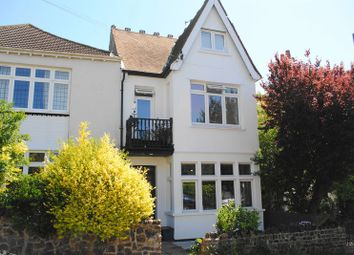 Thumbnail 1 bed flat for sale in Leigh Cliff Road, Leigh-On-Sea