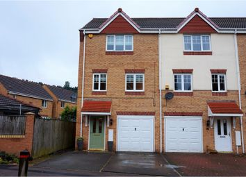Thumbnail 3 bed town house for sale in White Rose Avenue, Mansfield