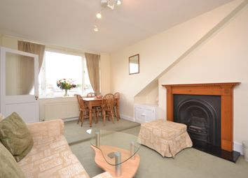 Thumbnail 2 bedroom flat to rent in Kemplay Road, Hampstead