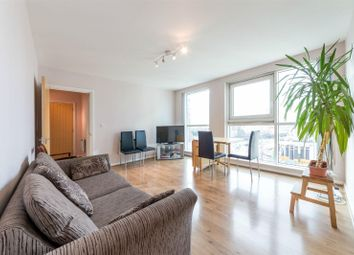 Thumbnail 1 bedroom property for sale in Hanover House, St George Wharf, Vauxhall, London