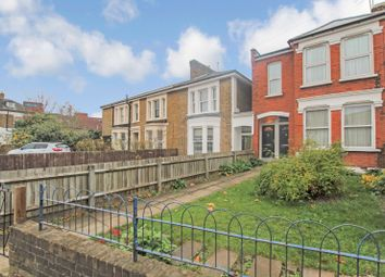 2 bed maisonette for sale in Parkland Road, Wood Green, London N22
