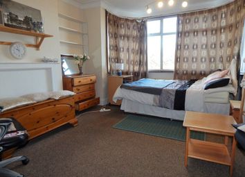 Thumbnail Room to rent in Watford Way, London