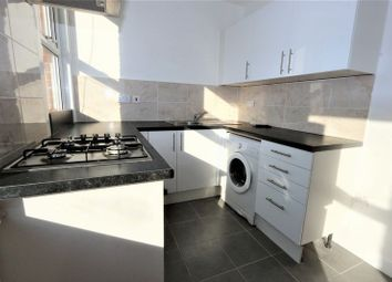 Thumbnail 3 bedroom flat to rent in Station Crescent, London