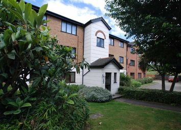 Thumbnail 1 bedroom flat to rent in Parrotts Field, Hoddesdon, Hertfordshire