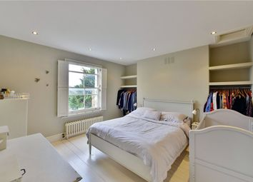 Thumbnail 3 bedroom flat to rent in Campbell Road, London
