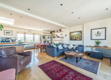 3 bed maisonette to rent in Colville Road, Portobello, London W11