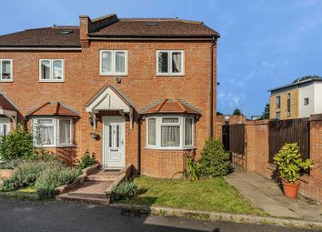 Thumbnail 3 bedroom terraced house for sale in Coombe Close, Hatfield