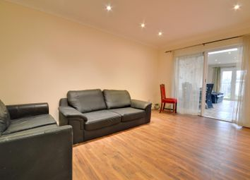 Thumbnail 4 bed property to rent in Ravenswood Crescent, Harrow, Middlesex