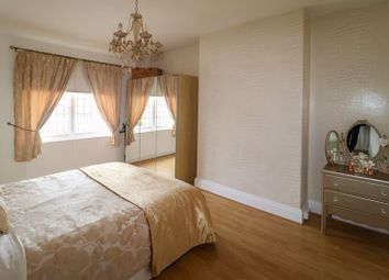 Thumbnail 2 bed flat for sale in Kingston Avenue, Blackpool