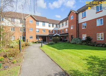 Thumbnail 1 bed flat for sale in London Court, Oxford