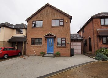 4 bed detached house for sale in Moat Rise, Rayleigh SS6